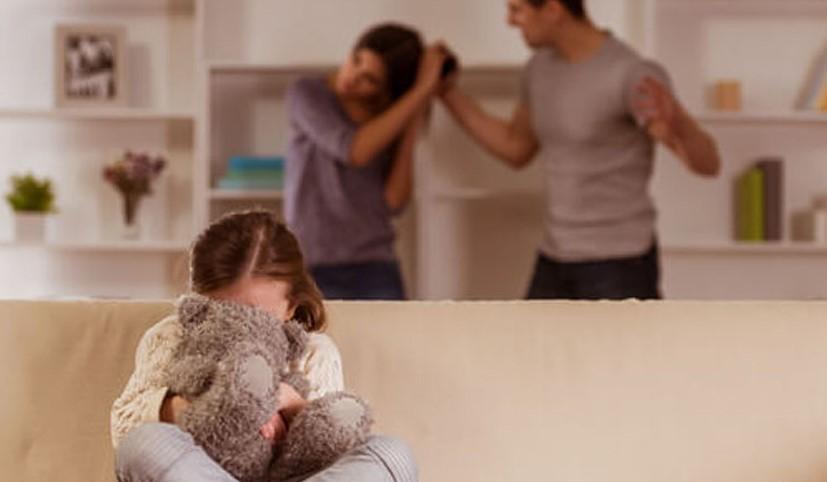 Szorongás kialakulásához vezethet a szülők közti agresszió, amit a csoporton belüli elfogadás gyógyítani tud