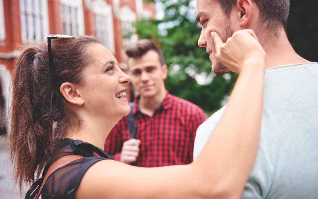 Hogy érint a nő, és mit ért belőle a férfi? – Érdekességek az érintések értelmezéséről