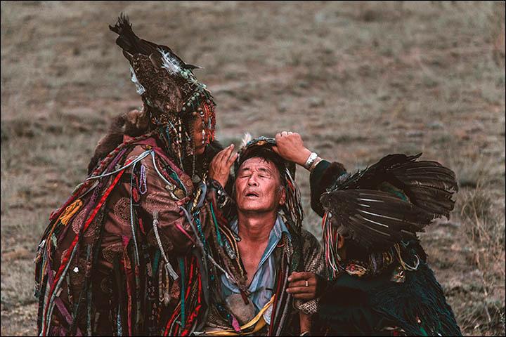 A létezés bölcsessége avagy miben hasonlít a sámánizmus és a táncterápia?
