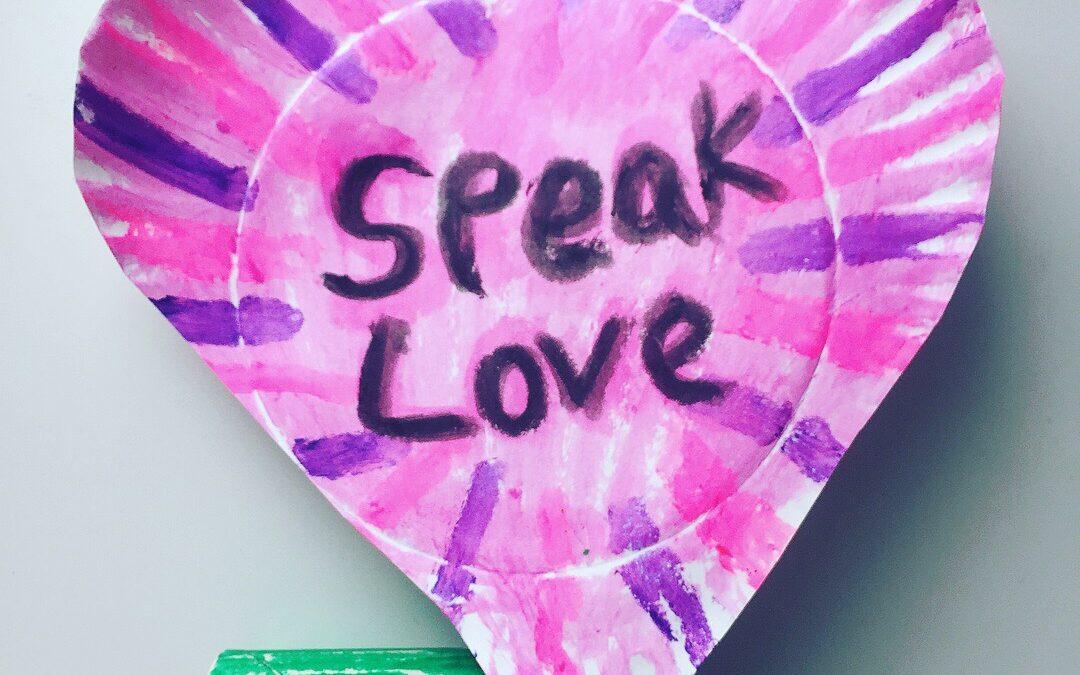 Igen, szavakkal is kifejezhető a jelenléted! – 4 mantra az együttérzés jegyében